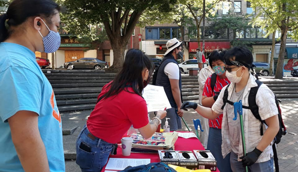 clean up info booth at hing hay park